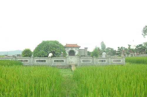 Nghĩa trang gia đình dòng họ Trần ở Nghi Hoa. Ảnh: D.HIỂN