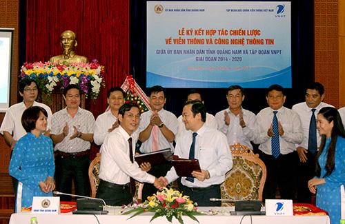 Lễ ký kết hợp tác chiến lược giai đoạn 2014 - 2020  giữa UBND tỉnh và Tập đoàn Bưu chính - viễn thông Việt Nam. Ảnh: T.LỘ