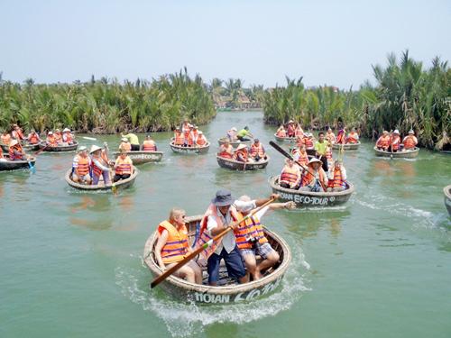 Nhiều doanh nghiệp du lịch chưa mặn mà tham gia vào Hiệp hội Du lịch Quảng Nam.Ảnh: V.LỘC