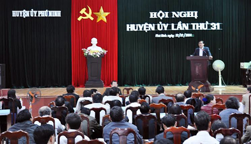 Trưởng ban Nội Chính Tỉnh ủy Phan Việt Cường phát biểu chỉ đạo tại hội nghị Huyện ủy Phú Ninh lần thứ 31.