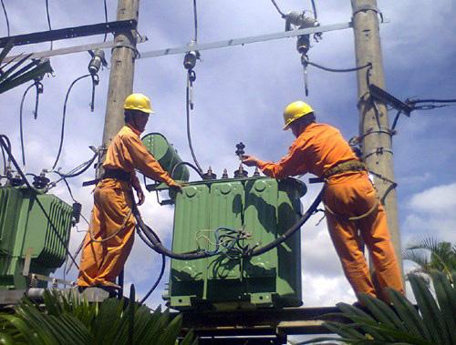 PC Quảng Nam chú trọng nâng cao chất lượng cung ứng điện và cải tiến kinh doanh để phục vụ khách hàng ngày càng tốt hơn.