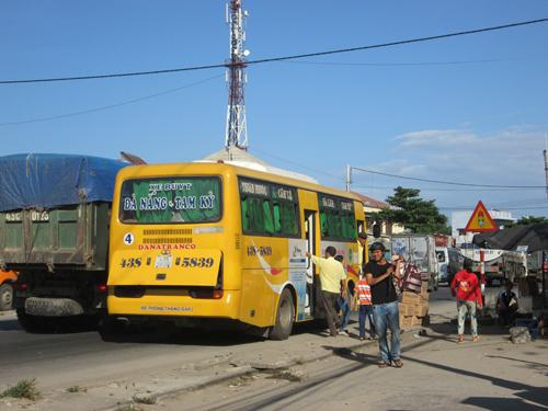 Xe buýt Tam Kỳ - Đà Nẵng không thực hiện giảm vé chặng từ Nam Phước đi Tam Kỳ. Ảnh: S.C