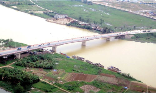 Quang cảnh sông Cẩm Lệ hiện nay.