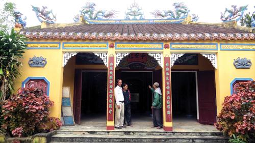 Đình An Nhơn còn lưu giữ nguyên vẹn 15 đạo sắc phong từ thời Minh Mạng tới Bảo Đại.Ảnh: BÍCH LIÊN