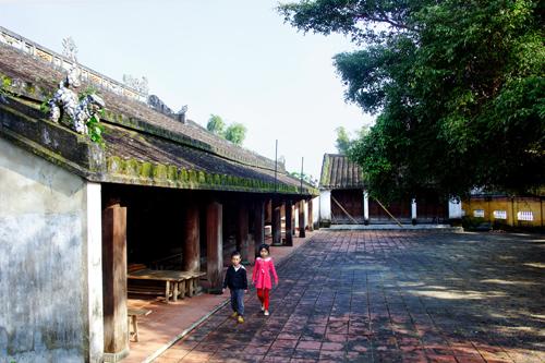 Đình Quảng Nam phần lớn vẫn quay về hướng Nam như đình ở Bắc Bộ.Ảnh: NGUYỄN TUẤN