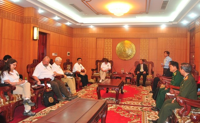 Leaders of Quang Nam provincial People's Committee welcomed the VVA delegation