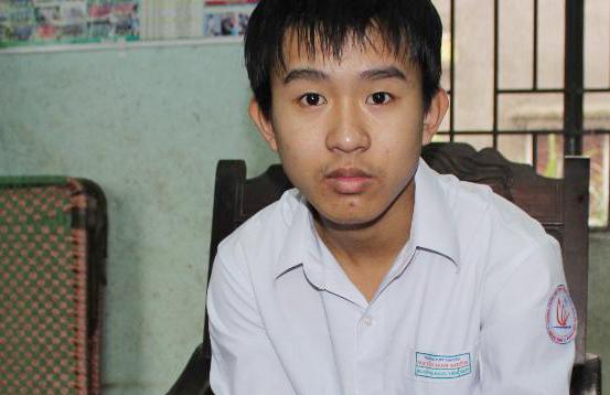 Em Bùi Đồng Ngọc Tiến - học sinh lớp 9 trường THCS Lê Lợi.