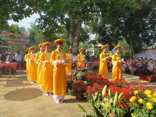 Lễ hội Bà Chiêm Sơn (xã Duy Trinh, Duy Xuyên), diễn ra vào 12 tháng Giêng.            Ảnh: Song Anh