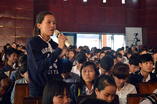 Đa số học sinh thắc mắc về cơ hội việc làm của các ngành học sau khi ra trường.