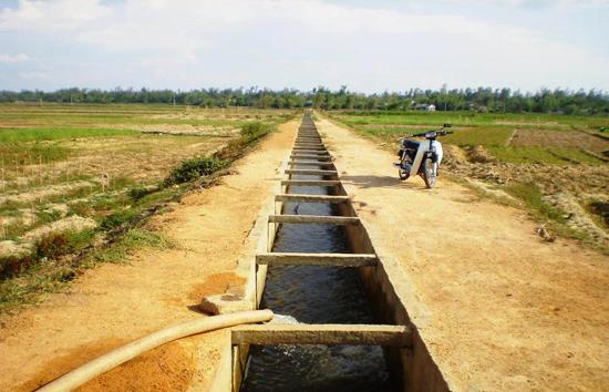 Bình Giang đầu tư lớn hệ thống kênh mương thủy lợi nhờ huy động sức dân.
