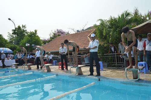 Lần đầu tiên một giải bơi học sinh toàn tỉnh được tổ chức