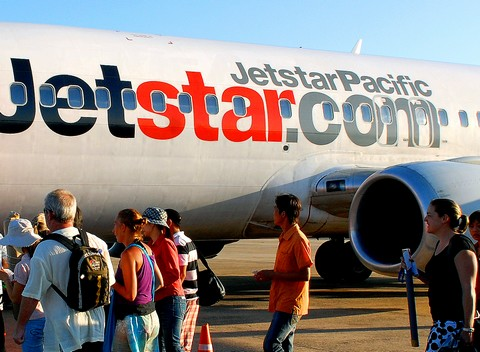 The Jetstar Pacific Airlines' new air route Chu Lai-Ho Chi Minh city bringing many choices to passengers.