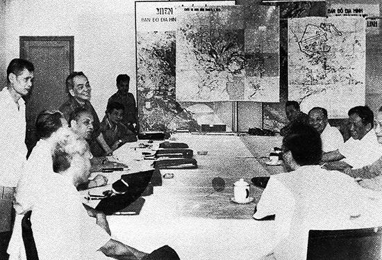 Hội nghị Bộ Chính trị và Thường trực Quân ủy Trung ương ngày 31.3.1975 thông qua kế hoạch tiến công vào hang ổ cuối cùng của địch ở Sài Gòn - Gia Định.Ảnh tư liệu