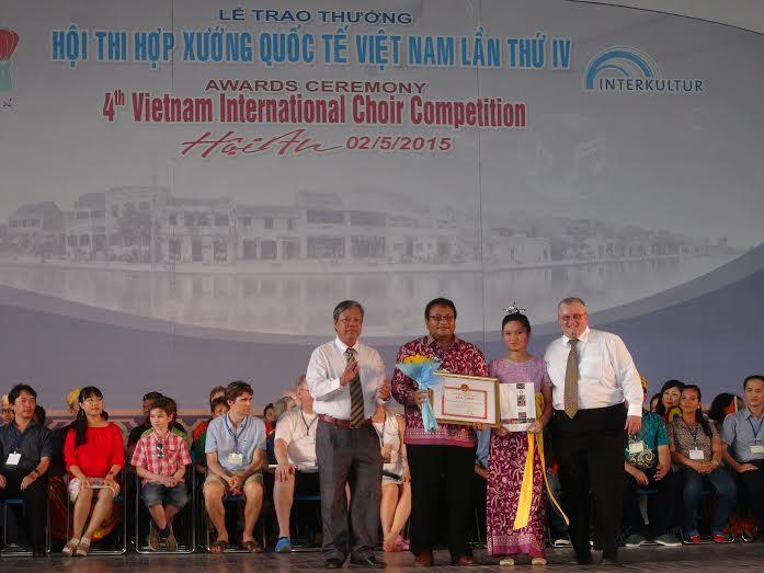 """an tổ chức trao giải """"Hợp xướng Hội An"""" cho đội đến từ Indonesia"""