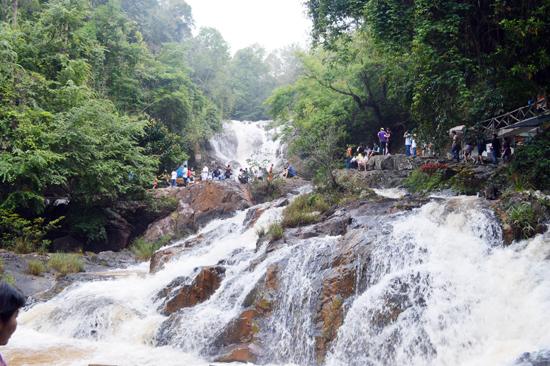 Vẻ đẹp của thác Datanla.