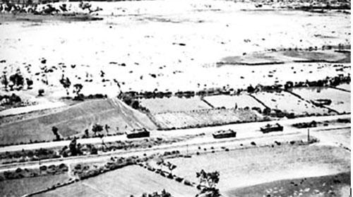 Lữ đoàn 9 Thủy quân lục chiến Hoa Kỳ đổ bộ vào Chu Lai ngày 7-5-1965. Ảnh: The Ohio State University