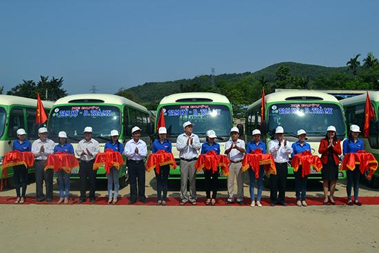 Khai trương tuyến xe buýt Tam Kỳ - Bắc Trà My phục vụ việc đi lại của người dân vùng đồng bằng và miền núi.