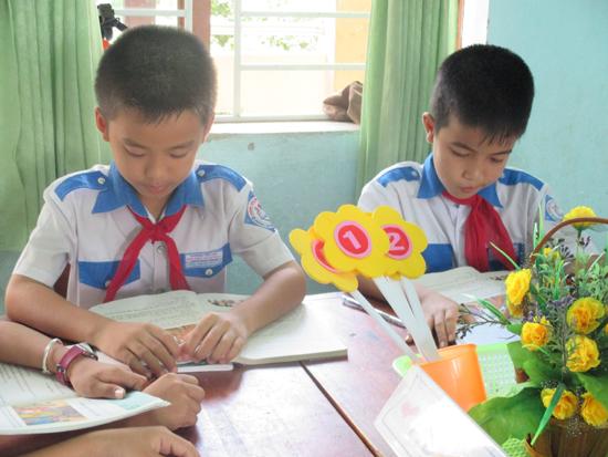 Nội dung khen thưởng quan tâm đến từng mặt nổi bật của học sinh.