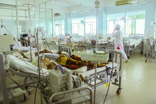 Ngành y tế yêu cầu các bệnh viện tổ chức tốt vấn đề thu dung và điều trị bệnh. ảnh: T.C