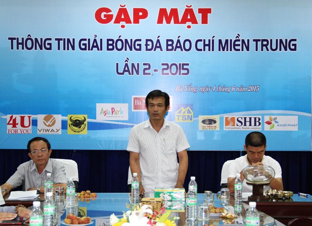 Ông Lê Hải Sơn - Chủ nhiệm CLB bóng đá PV TP Đà Nẵng, Trưởng BTC giải phát biểu tại buổi họp báo