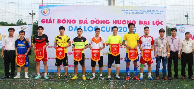 Các đội bóng tham gia giải đồng hương Đại Lộc 2015.