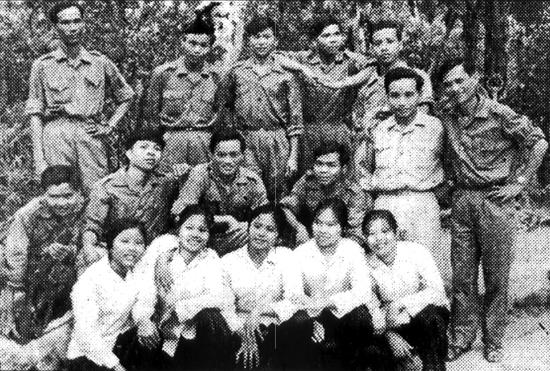 Đoàn Văn công Giải phóng Quảng Nam trong cuộc kháng chiến chống Mỹ cứu nước.  Ảnh tư liệu