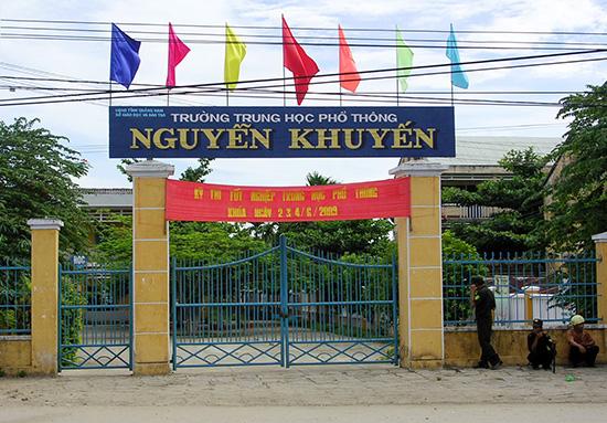 Trường THPT Nguyễn Khuyến đã có chủ trương dời địa điểm ra phía bắc thị xã Điện Bàn. Ảnh: X.PHÚ
