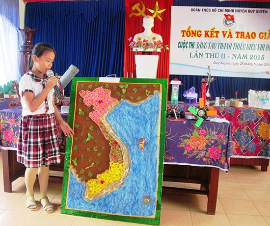 Em Võ Tiểu My thiết kế bản đồ Việt Nam bằng chất liệu đơn giản nhưng tinh tế.