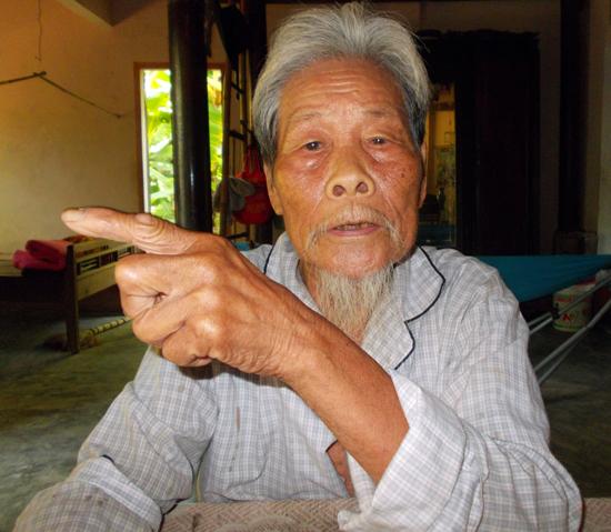 Ông Thái Thêm vẫn chưa được công nhận người có công. Ảnh: N.L