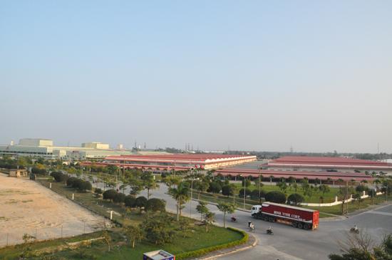 Công nghiệp Quảng Nam đạt giá trị sản xuất 6 tháng hơn 23 nghìn tỷ đồng. TRONG ẢNH: Khu công nghiệp Điện Nam – Điện Ngọc. Ảnh: H.H