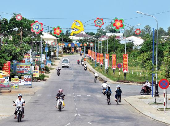 Một góc trung tâm huyện Quế Sơn. Ảnh: VINH ANH