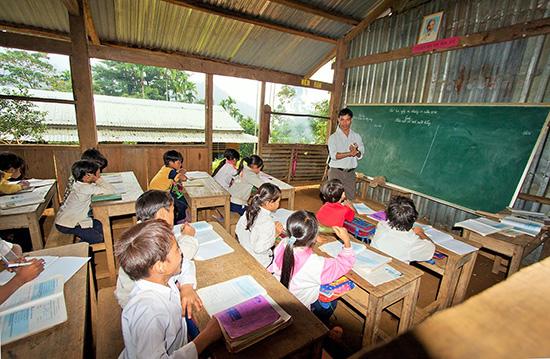Giáo dục miền núi vẫn cần sự chi viện giáo viên từ đồng bằng.Ảnh: TƯỜNG VY