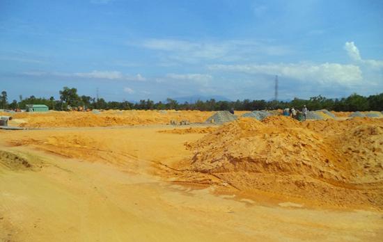 Khu dân cư và khu ở cho người có thu nhập thấp (phường Trường Xuân) sẽ được đấu giá 100 lô trong quý III.2015, tạo nguồn thu từ khai thác quỹ đất. Ảnh: X.T
