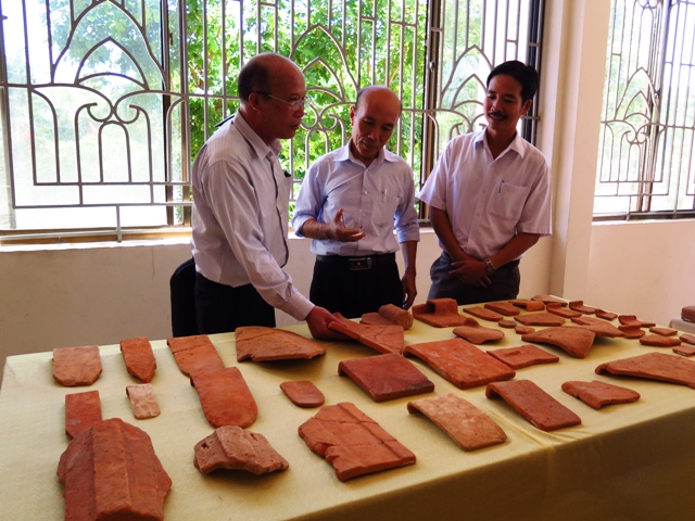 một số hiện vật khai quật được tại khu phế tích Triền Tranh