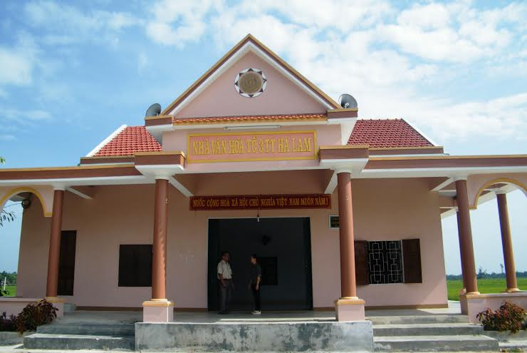 Nhà Văn hóa tổ 3 thị trấn Hà Lam được xây dựng khang trang từ sự đóng góp của cán bộ, đảng viên và nhân dân trong tổ. Ảnh: T.Ư