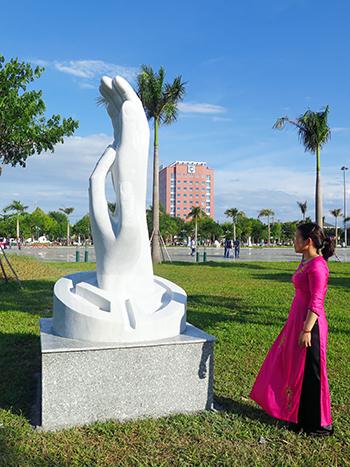 Tác phẩm điêu khắc