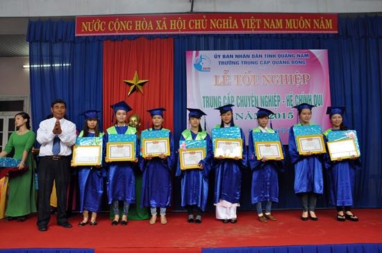 Đợt này có gần 200 học sinh tốt nghiệp ra trường