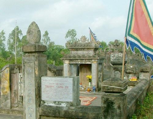 Lăng mộ cụ Trương Công Hy.