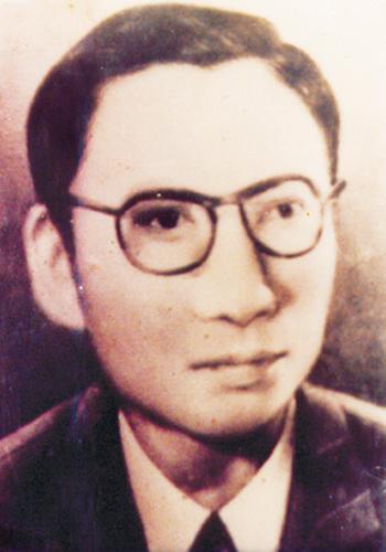 Nhà báo Trần Đại Quả.