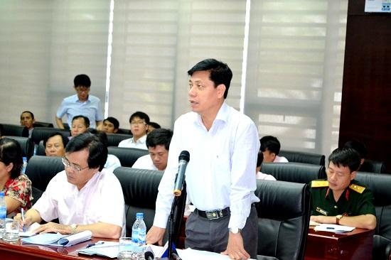 Thứ trưởng Nguyễn Ngọc Đông yêu cầu nhà thầu đảm bảo vệ sinh môi trường, an toàn giao động.