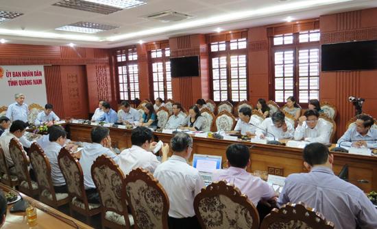 Bộ trưởng Bộ KH-CN Nguyễn Quân chỉ đạo tại buổi làm việc với tỉnh Quảng Nam. Ảnh: BÍCH LIÊN