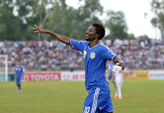Patiyo giành giải vua phá lưới V-League 2015.