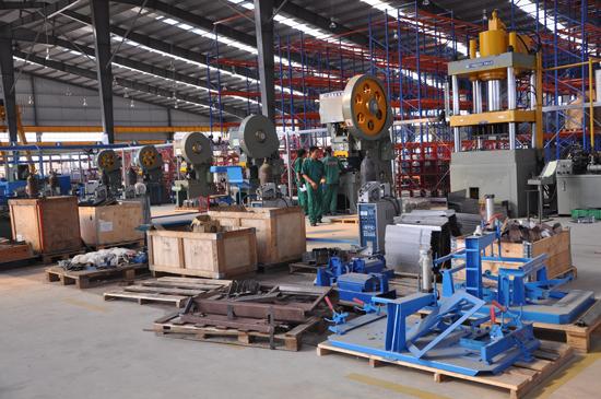 Nhiều nhà máy trong các khu công nghiệp cải thiện đáng kể môi trường nhờ đầu tư công nghệ mới.