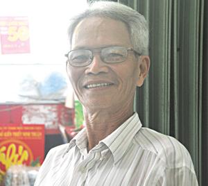Thầy giáo Nguyễn Hữu Ngôn.