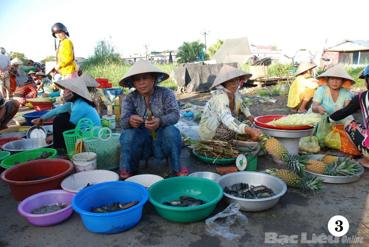 Chợ quê là nơi lưu giữ nhiều kỷ niệm cho người xa xứ. Ảnh: Internet
