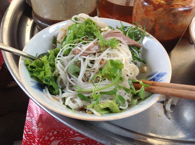 Hoi An Salted-fish sauce noodle. Photo: Thien An