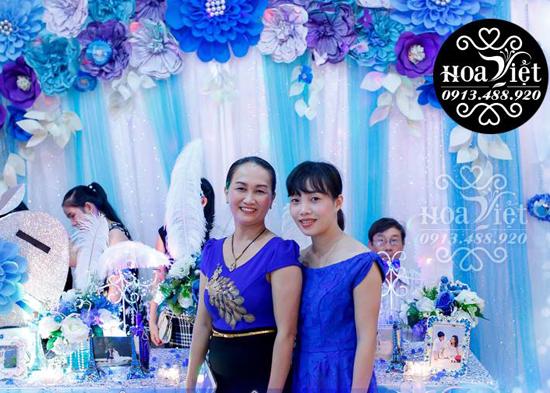 Một kiểu trang trí tiệc cưới đang được nhiều bạn trẻ yêu thích.