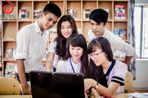 Sinh viên Trường Đại học Phan Châu Trinh (Hội An). Ảnh minh họa của KHIẾU THỊ HOÀI