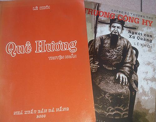 Sách của nhà văn Lê Khôi.