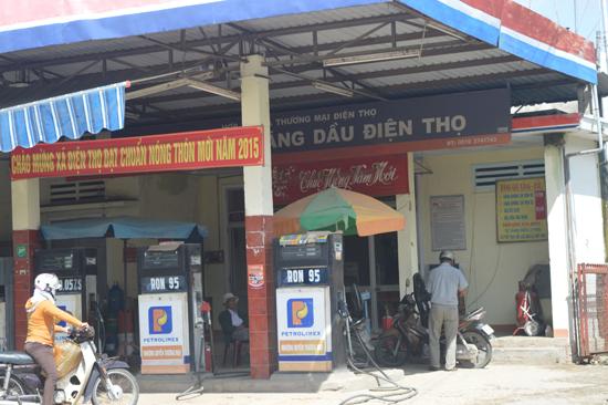 Cửa hàng kinh doanh xăng dầu thuộc quản lý của HTX Thương mại Điện Thọ.Ảnh: Q.T